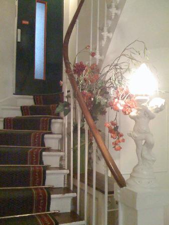 tangga darurat